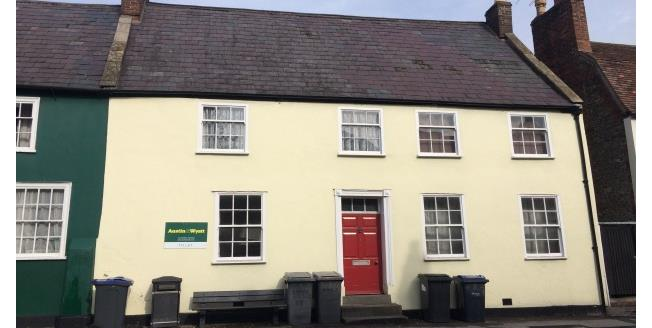 £320 per Calendar Month, Flat To Rent in Warminster, BA12