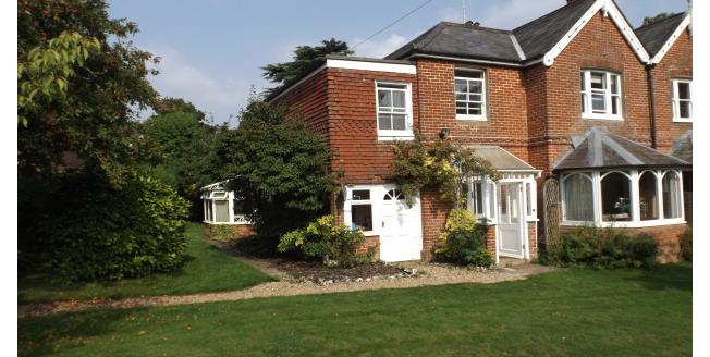 £1,475 per Calendar Month, 3 Bedroom House To Rent in Winchester, SO21