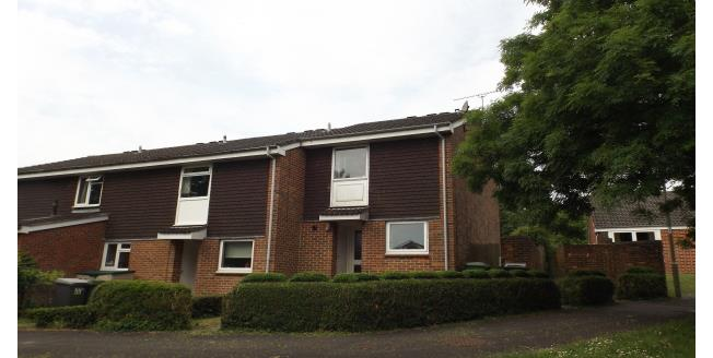 £1,000 per Calendar Month, 3 Bedroom House To Rent in Winchester, SO22