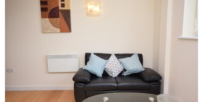 £550 per Calendar Month, 2 Bedroom Apartment To Rent in Sheffield, S1