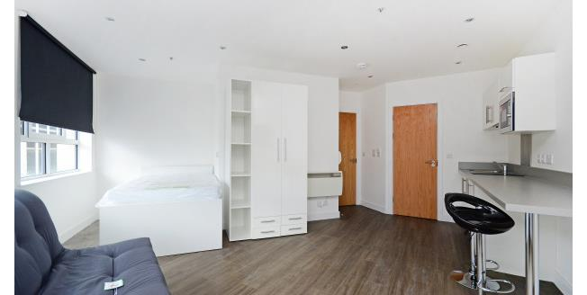 £600 per Calendar Month, Studio Apartment To Rent in Sheffield, S1