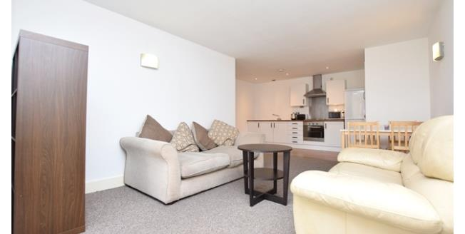 £800 per Calendar Month, 2 Bedroom Apartment To Rent in Sheffield, S1