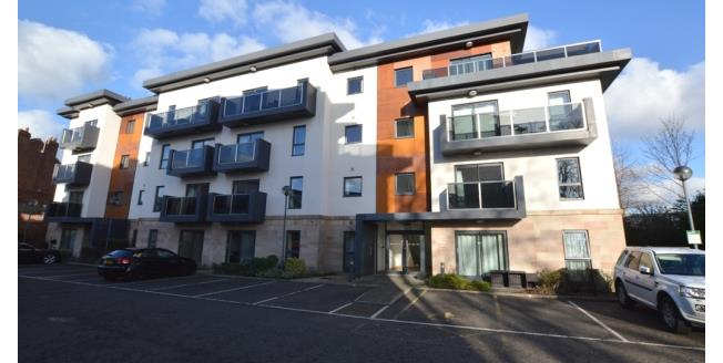 £600 per Calendar Month, 2 Bedroom Apartment To Rent in Chesterfield, S40