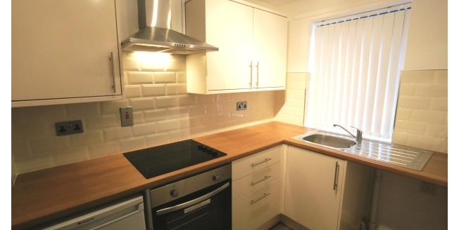 £550 per Calendar Month, 2 Bedroom House To Rent in Dronfield, S18