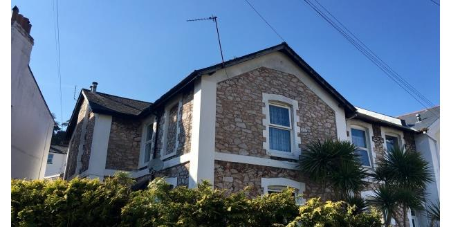 £250 per Calendar Month, 1 Bedroom Studio Apartment To Rent in Torquay, TQ1