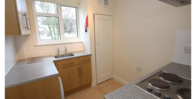 £950 per Calendar Month, 2 Bedroom Apartment To Rent in Wallington, SM6
