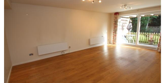 £1,250 per Calendar Month, 2 Bedroom Maisonette Apartment To Rent in Croydon, CR0