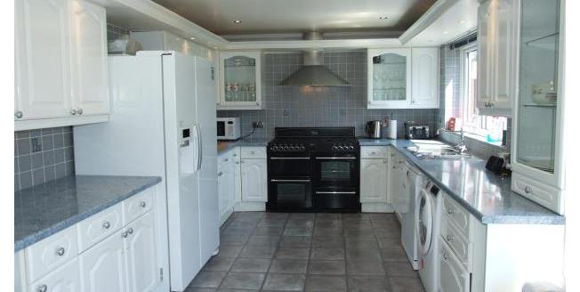 £1,650 per Calendar Month, 4 Bedroom House To Rent in Shoeburyness, SS3