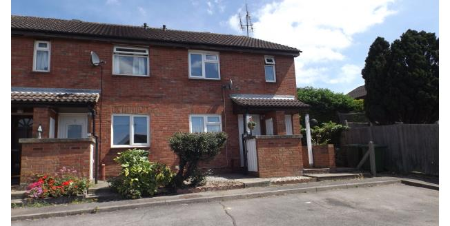 £725 per Calendar Month, 1 Bedroom Maisonette Apartment To Rent in Wickford, SS12