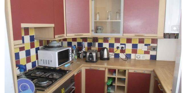 £495 per Calendar Month, 1 Bedroom Flat To Rent in Southend-on-Sea, SS3