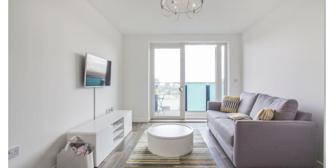 £1,050 per Calendar Month, 1 Bedroom Apartment To Rent in Barking, IG11