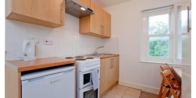 £1,200 per Calendar Month, 1 Bedroom Studio Apartment To Rent in London, NW3