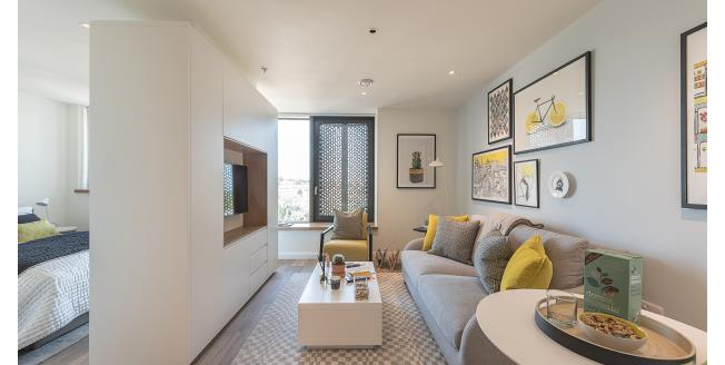 £2,015  per Calendar Month (Calculated), Flat To Rent in London, N19