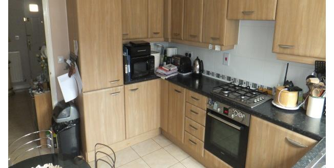 £600 per Calendar Month, Apartment To Rent in Colchester, CO2