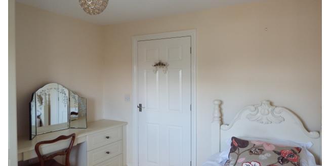 £433  per Calendar Month (Calculated), 1 Bedroom Apartment To Rent in Swadlincote, DE12
