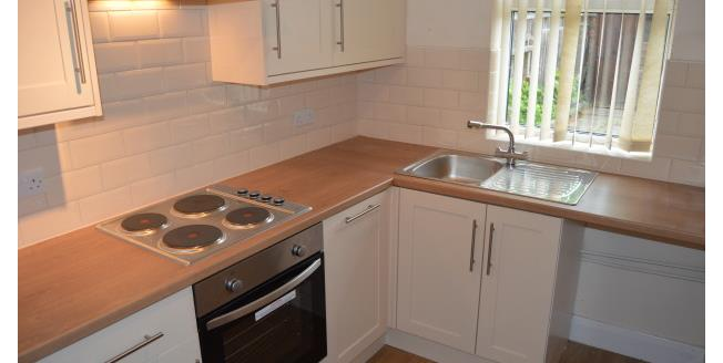 £850 per Calendar Month, 3 Bedroom House To Rent in Beeston, NG9