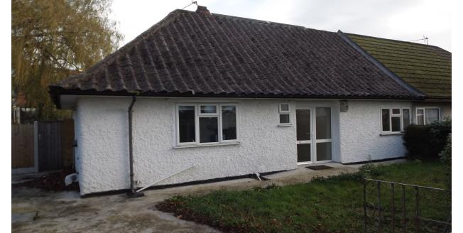 £870 per Calendar Month, 4 Bedroom Bungalow To Rent in Nottingham, NG8