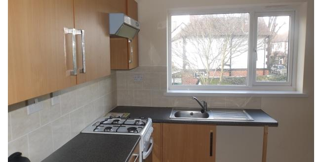 £550 per Calendar Month, 2 Bedroom House To Rent in NG9