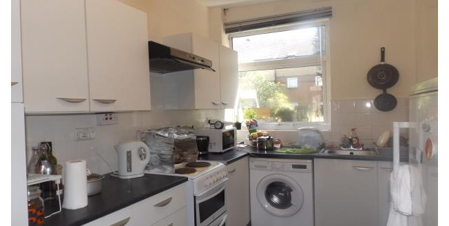 £800 per Calendar Month, 3 Bedroom House To Rent in Nottingham, NG7