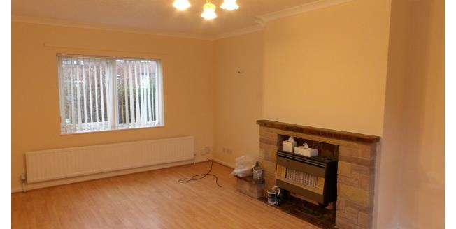 £600 per Calendar Month, House To Rent in Beeston, NG9