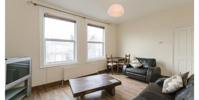 £1,300 per Calendar Month, 2 Bedroom Apartment To Rent in London, N21