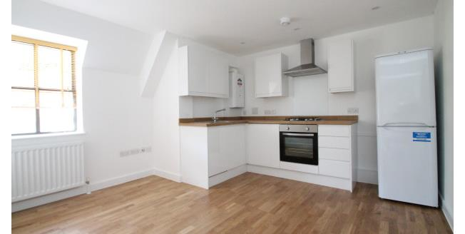 £850 per Calendar Month, 1 Bedroom Studio Apartment To Rent in Whyteleafe, CR3