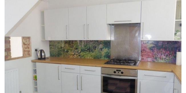 £1,495 per Calendar Month, 2 Bedroom Flat To Rent in London, E3