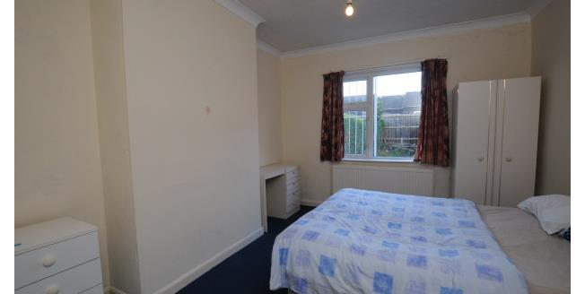 £303  per Calendar Month (Calculated), 4 Bedroom To Rent in Nottingham, NG9
