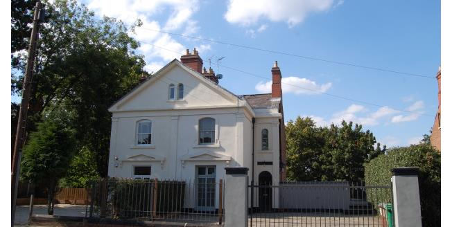 £476  per Calendar Month (Calculated), 8 Bedroom Semi Detached House To Rent in Nottingham, NG1