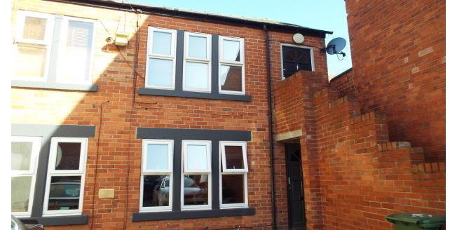 £390  per Calendar Month (Calculated), 2 Bedroom To Rent in Nottingham, NG7