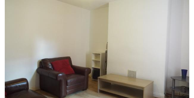 £359  per Calendar Month (Calculated), 3 Bedroom To Rent in Nottingham, NG3