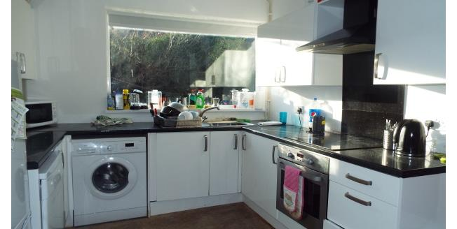 £346  per Calendar Month (Calculated), 4 Bedroom Semi Detached House To Rent in Nottingham, NG7