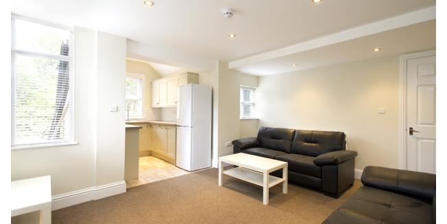 £433  per Calendar Month (Calculated), 5 Bedroom To Rent in Nottingham, NG7