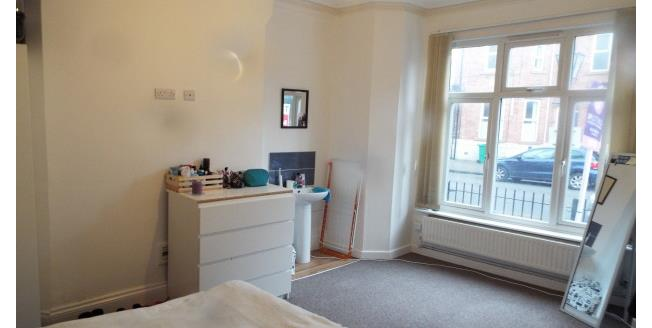 £541  per Calendar Month (Calculated), 6 Bedroom House To Rent in Nottingham, NG7