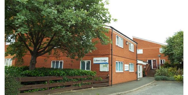 £557 per Calendar Month, 1 Bedroom Flat To Rent in Nottingham, NG7