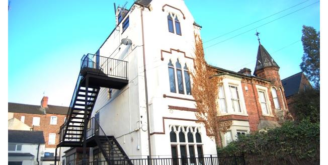 £520  per Calendar Month (Calculated), 4 Bedroom To Rent in Nottingham, NG7