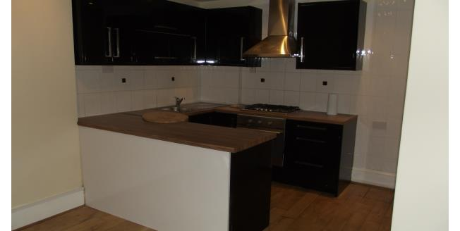 £1,650 per Calendar Month, 2 Bedroom Apartment To Rent in London, NW2