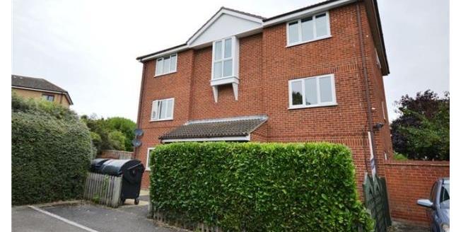 £825 per Calendar Month, 2 Bedroom Flat To Rent in Cambridge, CB1