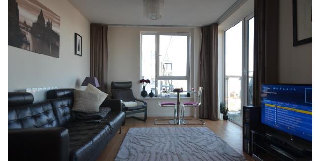 £1,050 per Calendar Month, 2 Bedroom Apartment To Rent in Gillingham, ME7