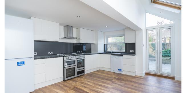 £2,600 per Calendar Month, 4 Bedroom Terraced House To Rent in St Margarets, TW11