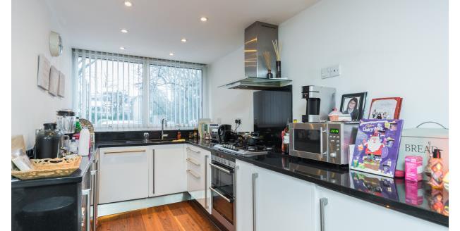 £3,100 per Calendar Month, 4 Bedroom House To Rent in St Margarets, TW1