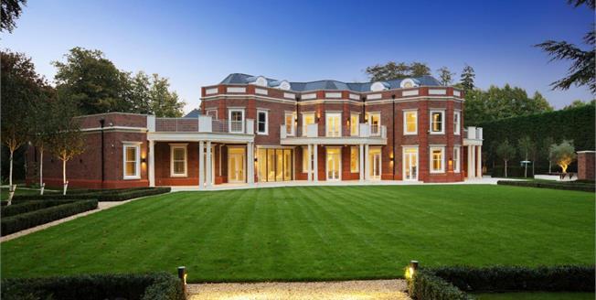 £40,000 per Calendar Month, 8 Bedroom Detached House To Rent in Oxshott, KT22