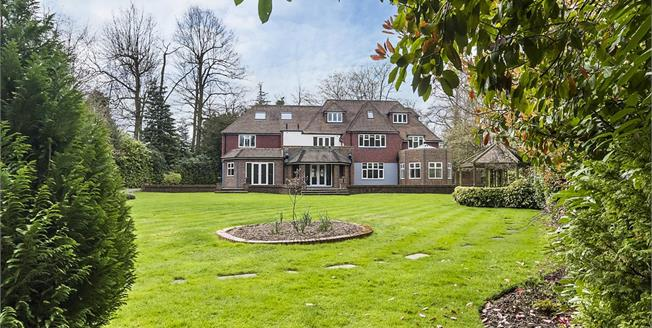 £9,250 per Calendar Month, 6 Bedroom Detached House To Rent in Ashley Park, Walton on Th, KT12