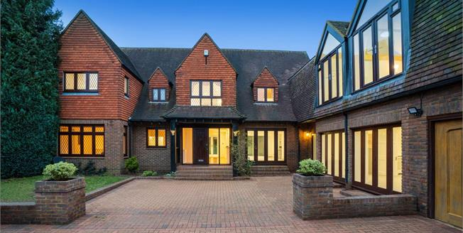 £6,950 per Calendar Month, 5 Bedroom Detached House To Rent in Esher, KT10