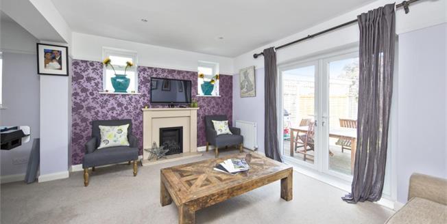 £2,950 per Calendar Month, 4 Bedroom Detached House To Rent in Stoke D'abernon, KT11