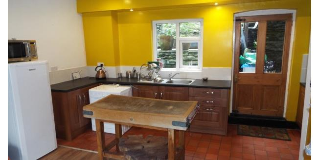 £525 per Calendar Month, 2 Bedroom House To Rent in Corwen, LL21