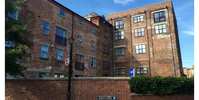 £800 per Calendar Month, 2 Bedroom Apartment To Rent in Wrexham, LL13