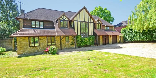 £6,500 per Calendar Month, 5 Bedroom Detached House To Rent in Oxshott, KT22