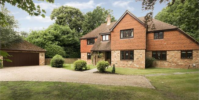£5,250 per Calendar Month, 5 Bedroom Detached House To Rent in Cobham, KT11