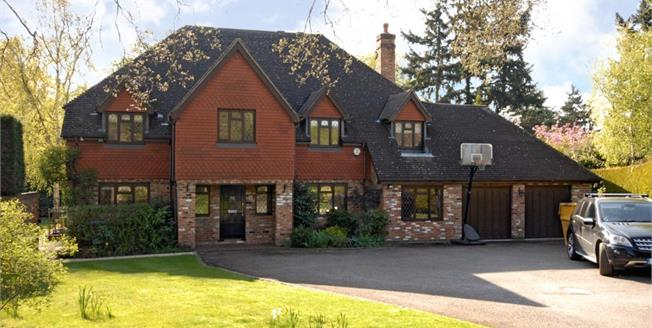 £7,500 per Calendar Month, 5 Bedroom Detached House To Rent in Cobham, KT11